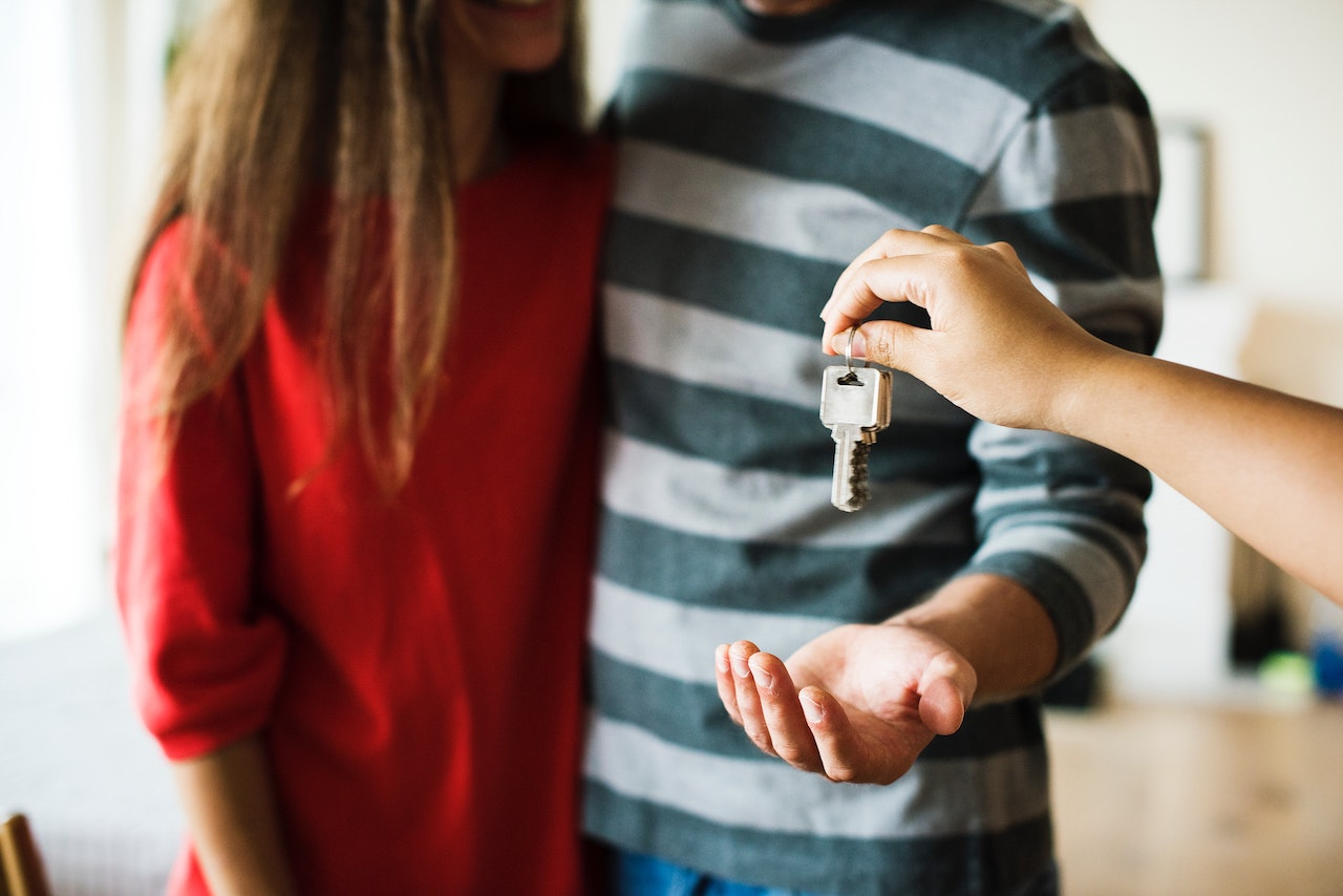 7 Reasons Why Summertime is a Great Time to Buy a New Home!